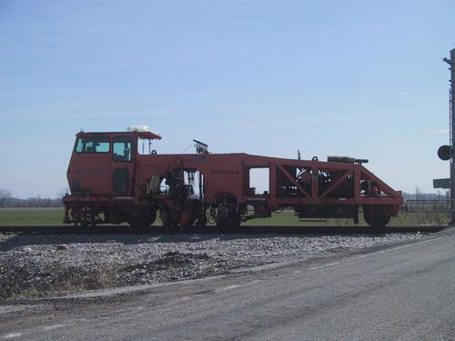 Railroad Track Leveler